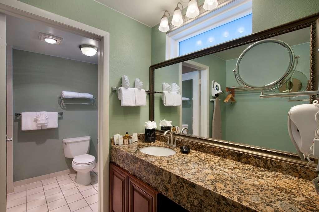 Best Western Key Ambassador Resort Inn - guest room