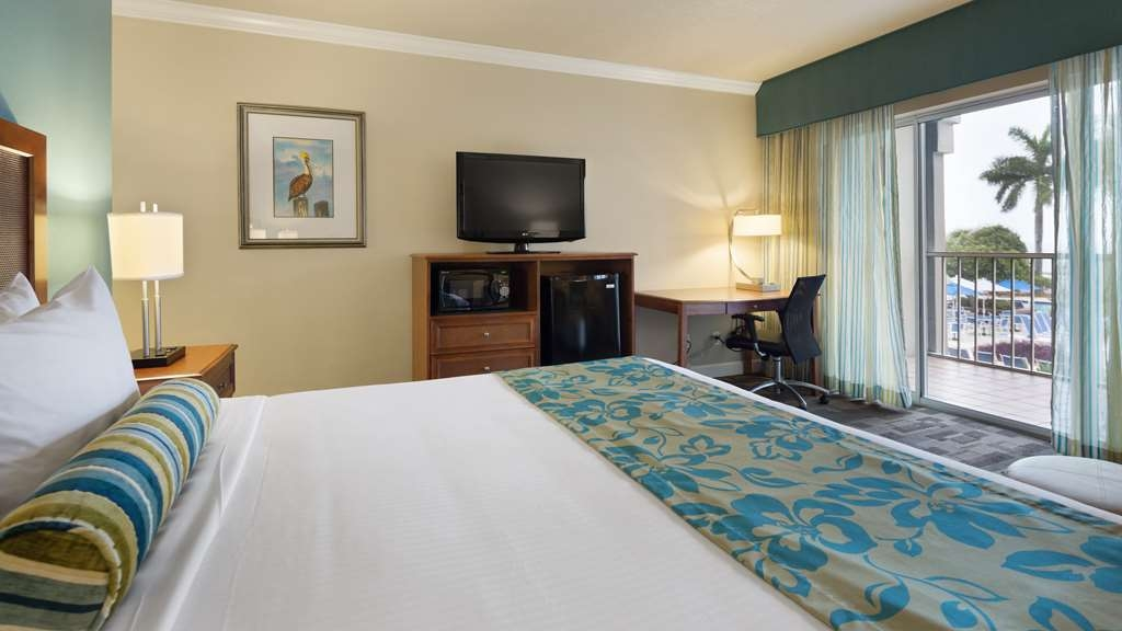 Best Western Key Ambassador Resort Inn - View the resort style pool from your room. Guest rooms feature microwave, mini-fridge, coffee maker, iron/board and inroom safe.