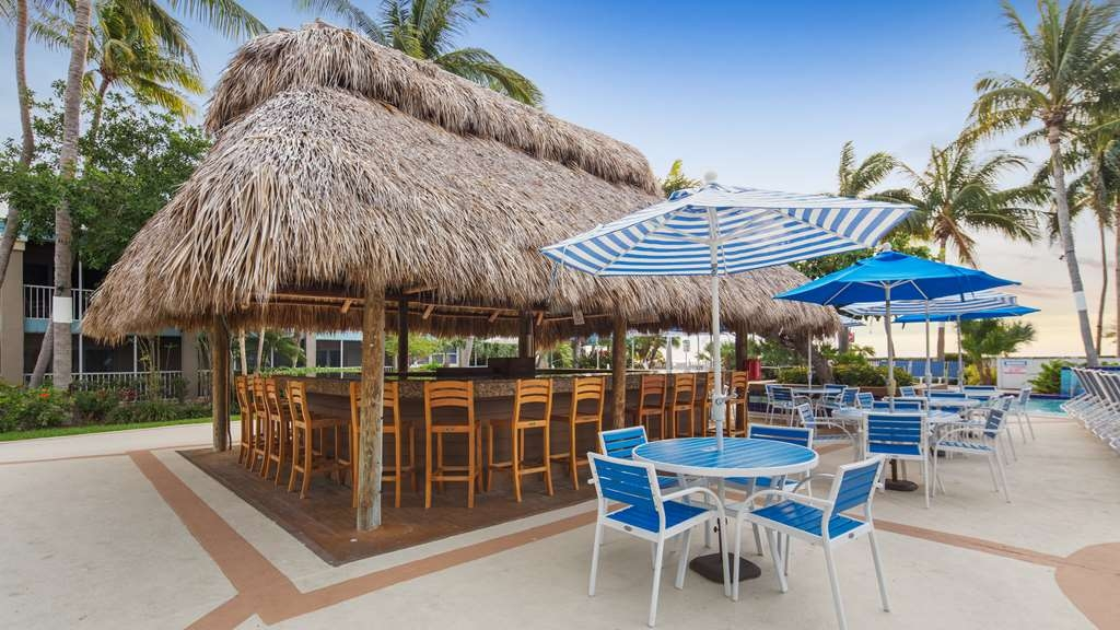 Best Western Key Ambassador Resort Inn - Bar/Salón
