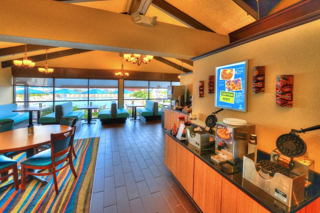 Best Western Aku Tiki Inn - Restaurant