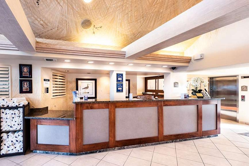 Groovy Hotel In Fort Myers Beach Best Western Plus Beach Resort Home Interior And Landscaping Transignezvosmurscom