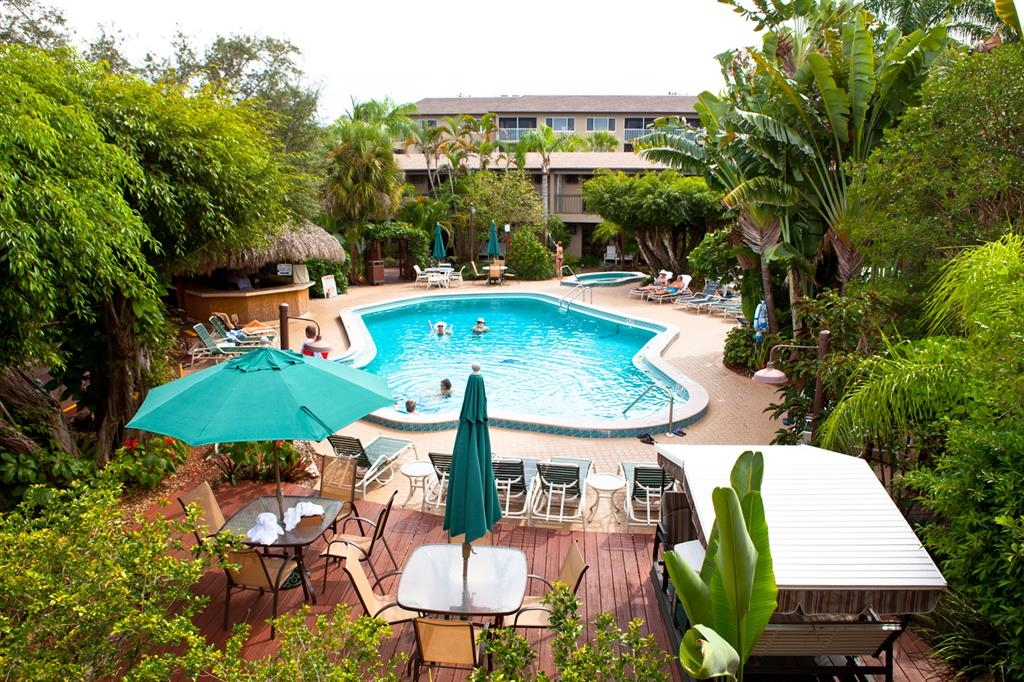 Best Western Naples Inn & Suites - Facciata dell'hotel
