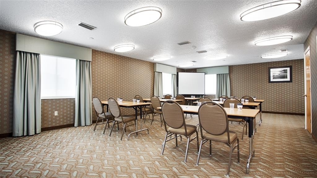 Best Western Space Shuttle Inn - Give us a call to check rates and book one of our meeting rooms.