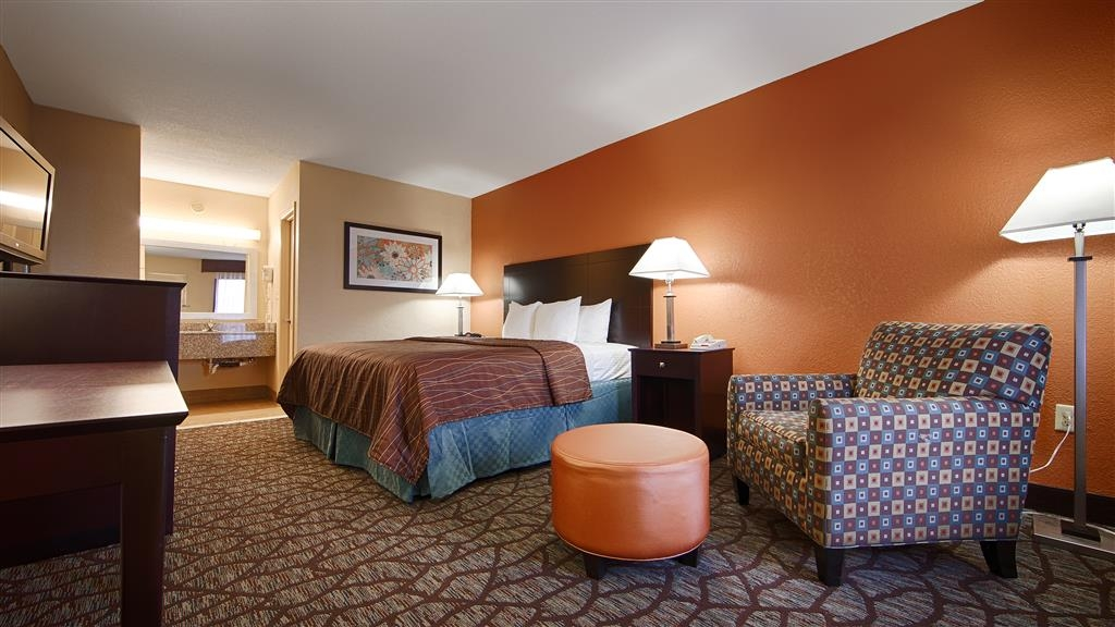 Best Western Starke - Wake up refreshed in this king guest room.
