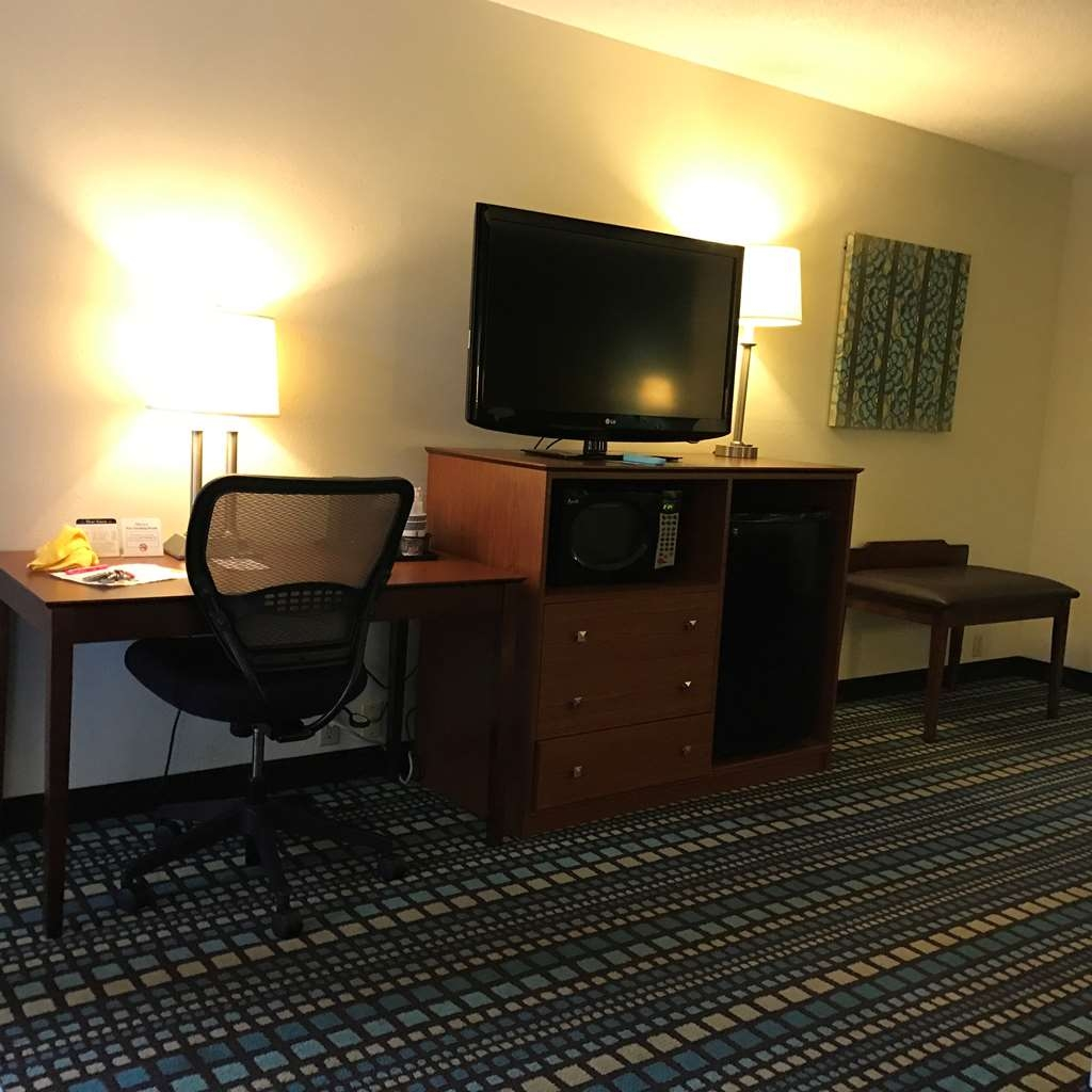 Best Western Tallahassee-Downtown Inn & Suites - King Suite