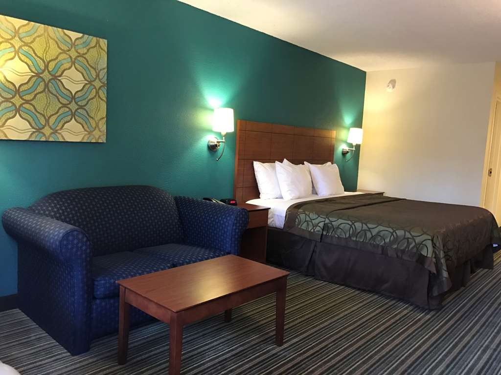 Best Western Tallahassee-Downtown Inn & Suites - Standard Room with a King Bed