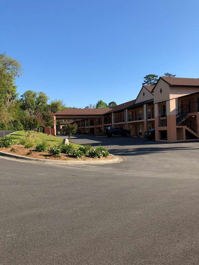 Best Western Tallahassee-Downtown Inn & Suites - IMG