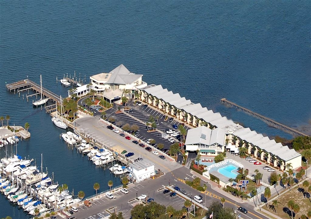 Best Western Plus Yacht Harbor Inn - vista aerea