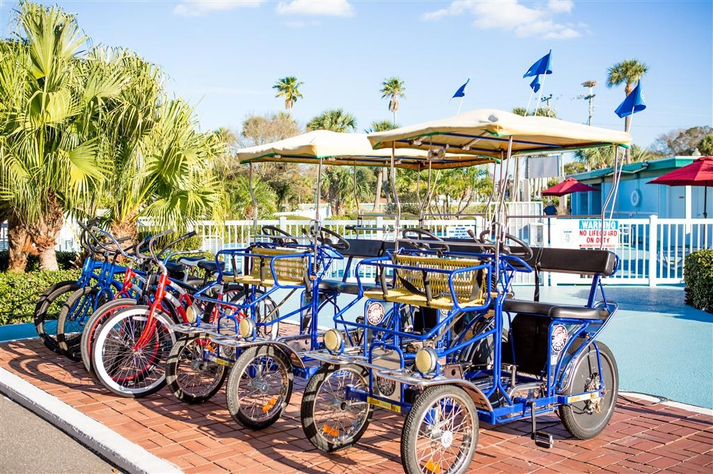Best Western Plus Yacht Harbor Inn - Ciclismo