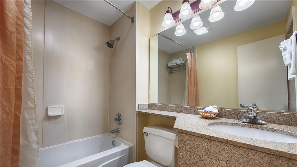 Best Western Crystal River Resort - All guest bathrooms have a large vanity with plenty of room to unpack the necessities.
