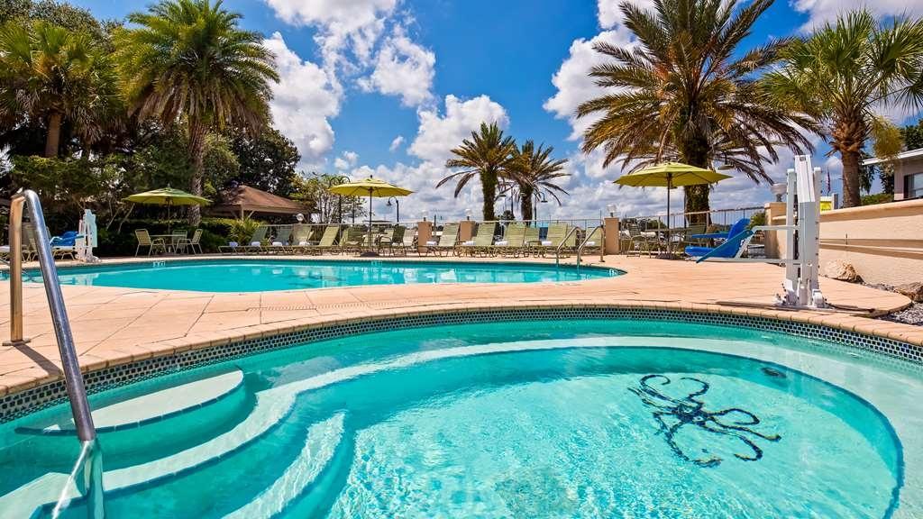 Best Western Crystal River Resort - Piscina