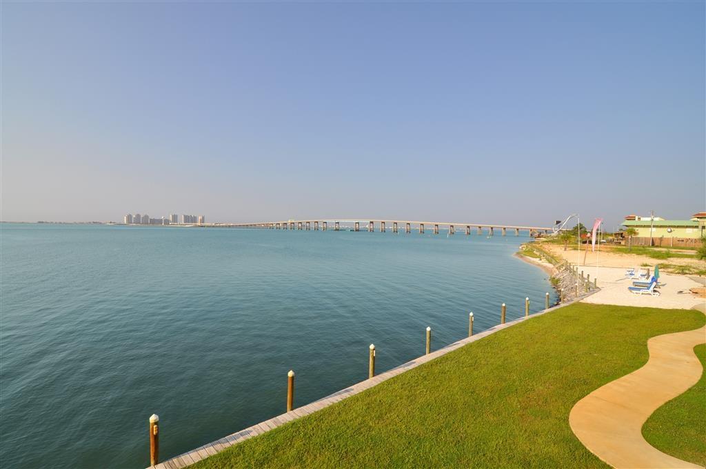 Best Western Navarre Waterfront - atracción local