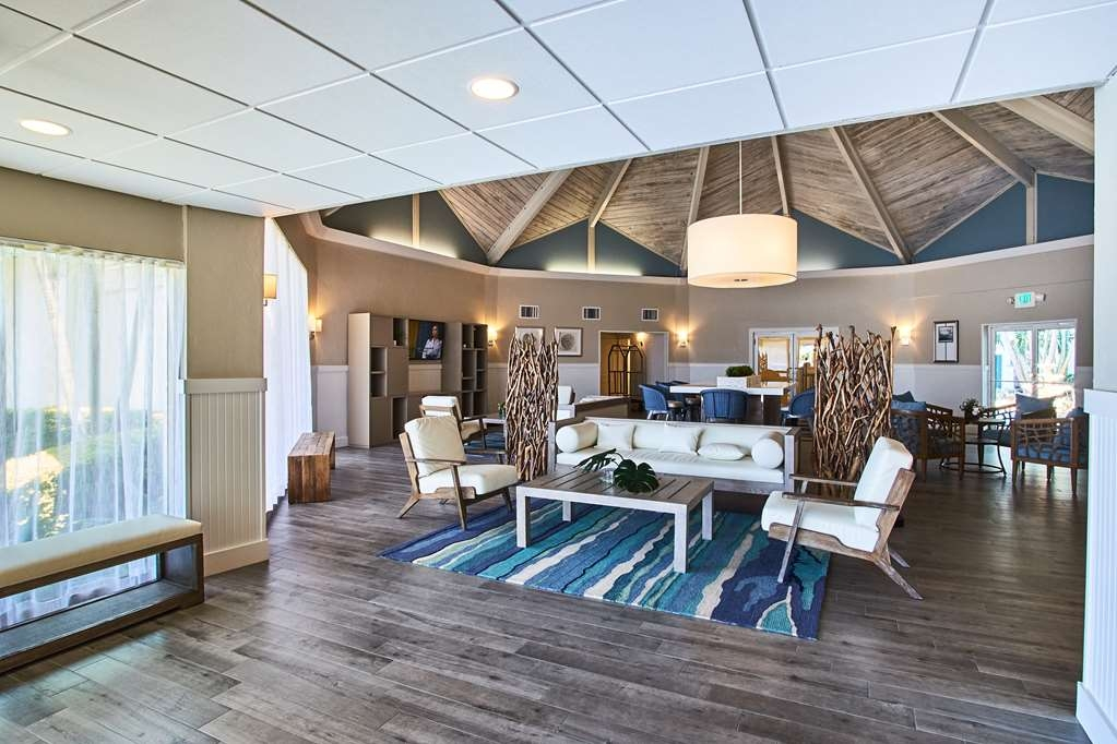 Best Western On the Bay Inn & Marina - Vista Exterior