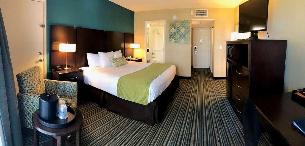 Best Western On the Bay Inn & Marina - King Bed Balcony