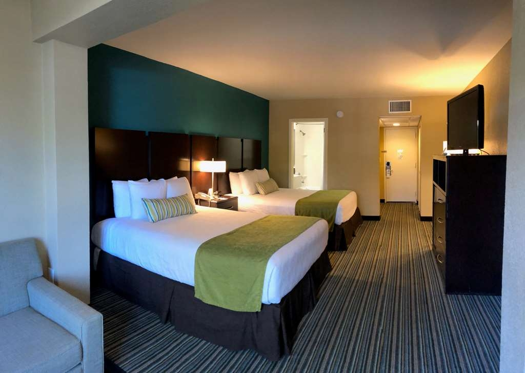 Best Western On the Bay Inn & Marina - Two Queen Beds with Sofa