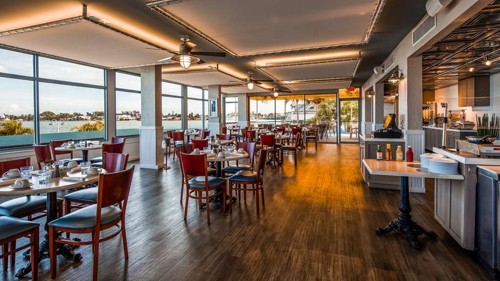 Best Western On the Bay Inn & Marina - Restaurant