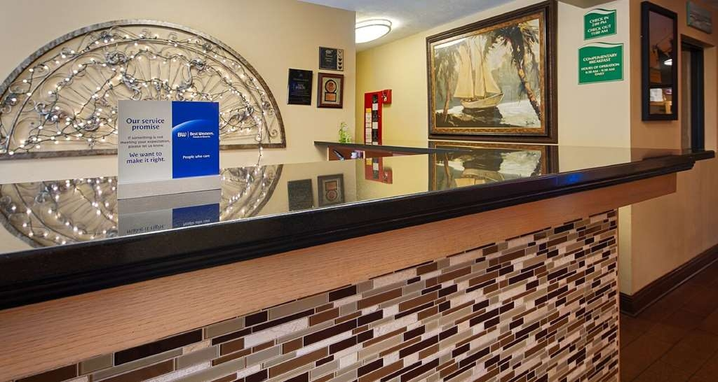 Best Western Apalach Inn - Hall