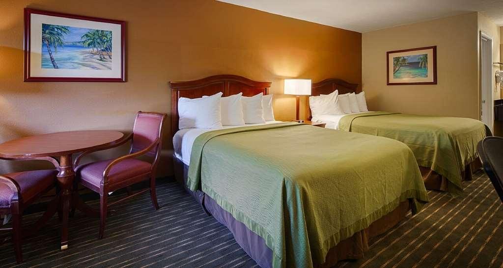 Best Western Apalach Inn - Standard two Queens Room