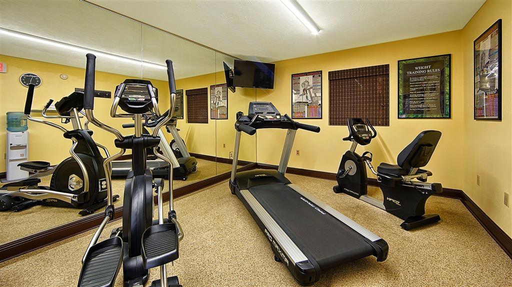 Best Western Apalach Inn - Our fitness center allows you to keep up with your home routine even when you're not at home.