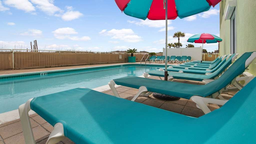 Best Western Ft. Walton Beachfront - Vista de la piscina