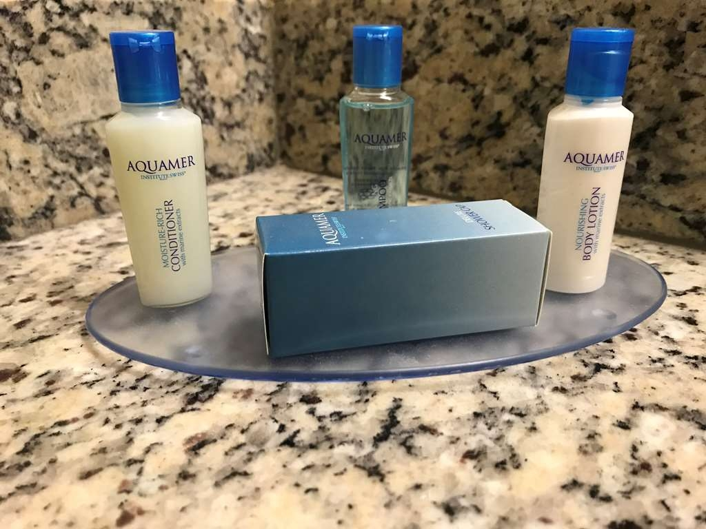 Best Western Fort Lauderdale Airport/Cruise Port - Forgot your shampoo? Don't worry we've got you covered.