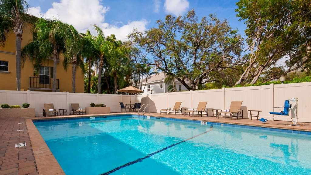 Best Western Fort Lauderdale Airport/Cruise Port - Outdoor Pool