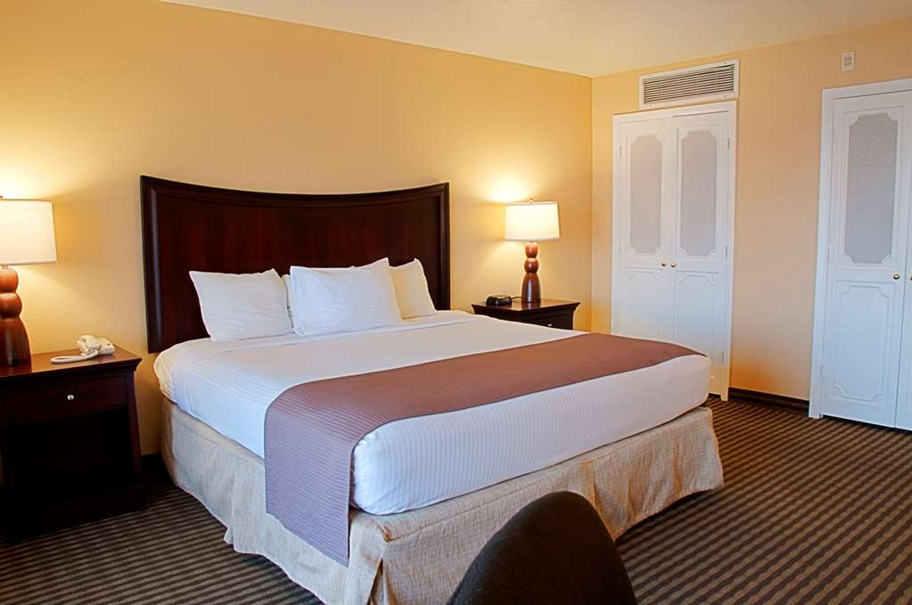 Best Western Fort Myers Waterfront - Camera con letto king size