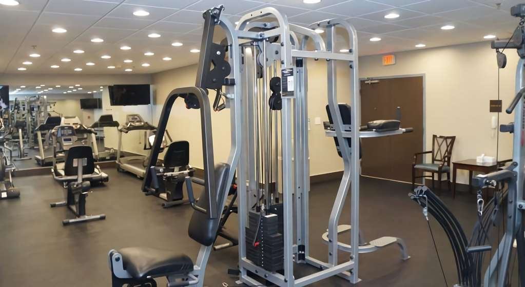 Best Western Naples Plaza Hotel - Fitness center is open 24-hours a day.