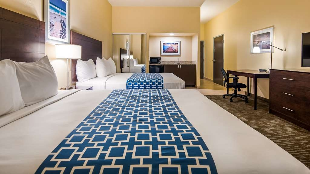 Best Western Naples Plaza Hotel - Two Queen Guest Room