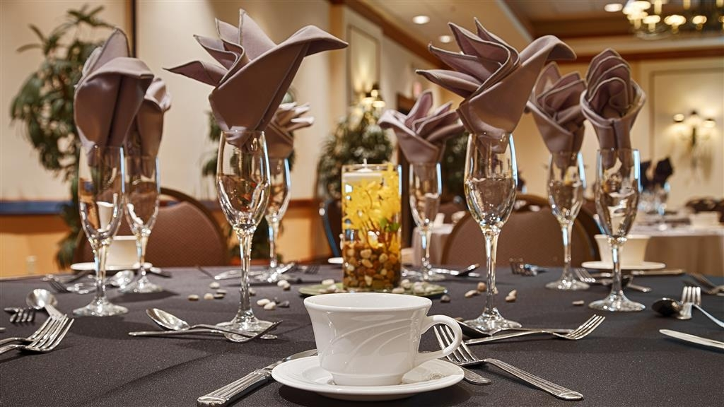 Best Western Gateway Grand - Our meeting rooms are the ideal setting for corporate events. Call our staff to book today!