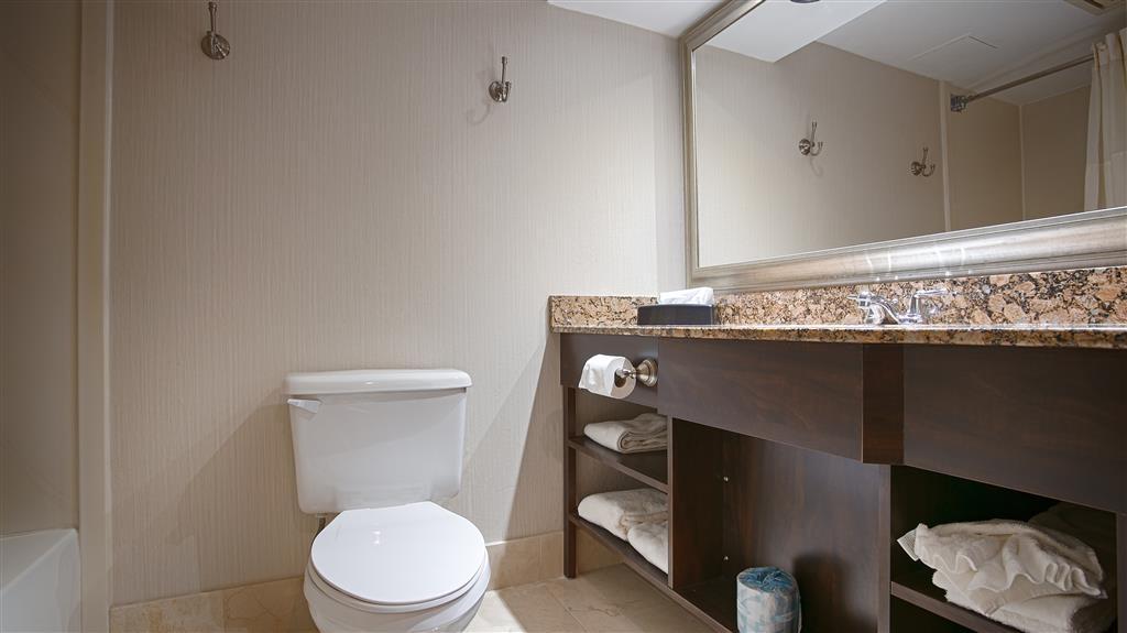 Best Western Plus Ambassador Suites Venice - Bagno
