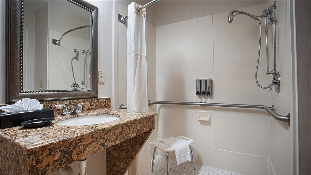 Best Western Plus Ambassador Suites Venice - Salle de bains