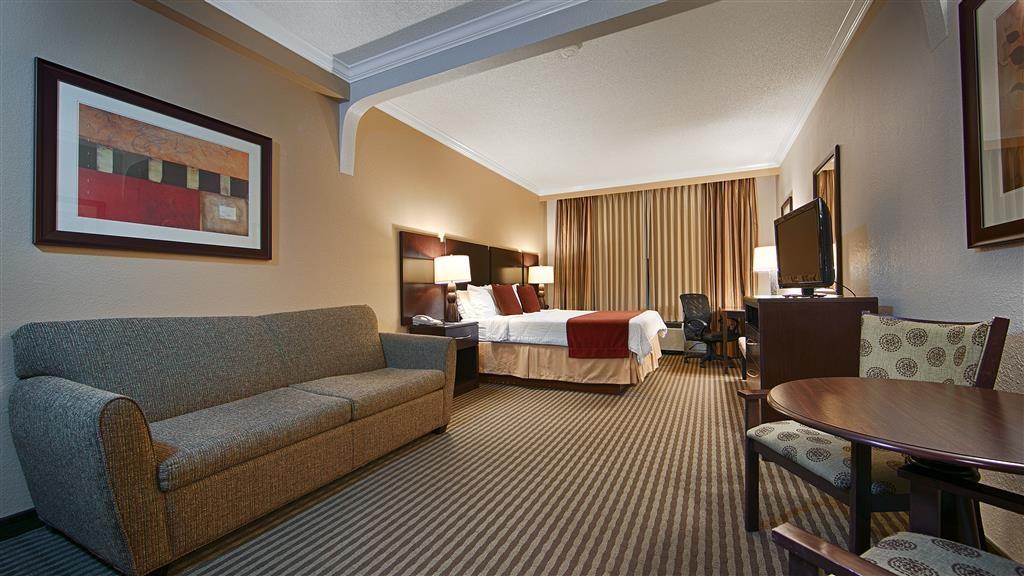 Best Western Plus Ambassador Suites Venice - Gästezimmer