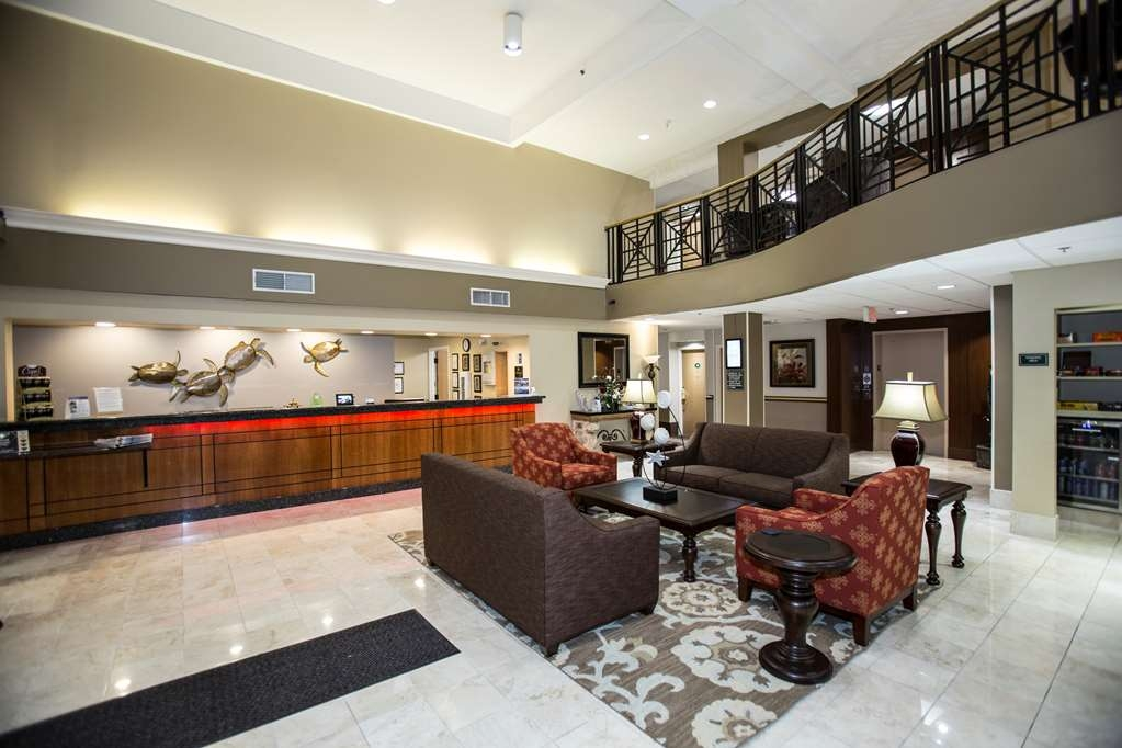 Best Western Plus Ambassador Suites Venice - Foyer