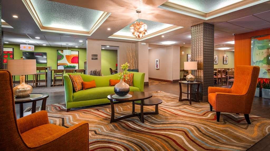 Best Western Plus Universal Inn - Vue du lobby