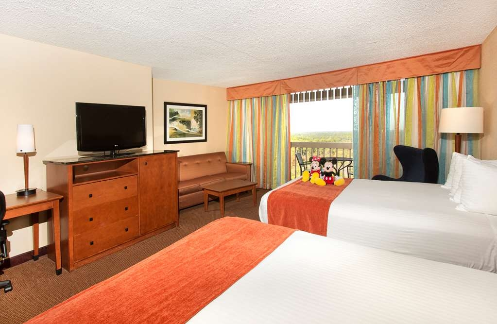 Best Western Lake Buena Vista - Disney Springs Resort Area - Use the sofa bed in our queen rooms for extra sleeping space without the cost of an additional room.