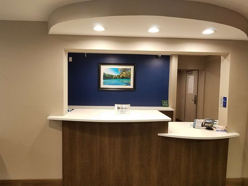Best Western Ocala Park Centre - Whether you're here for business or leisure, our staff is committed to giving you an incredible stay.