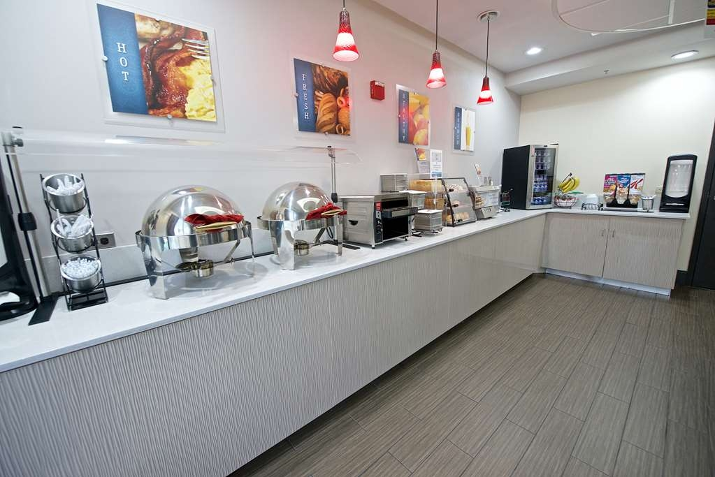 Best Western Airport Inn & Suites - Area colazione