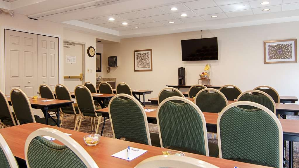 Best Western Airport Inn - Our meeting rooms is able to accommodate up to 24 classroom style setup for business but we also cater to baby showers or any social gathering. Talk to our sales department, we will make it happen!