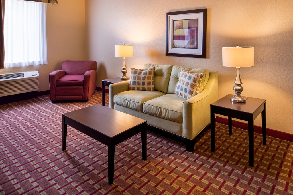 Best Western Tampa - Suite