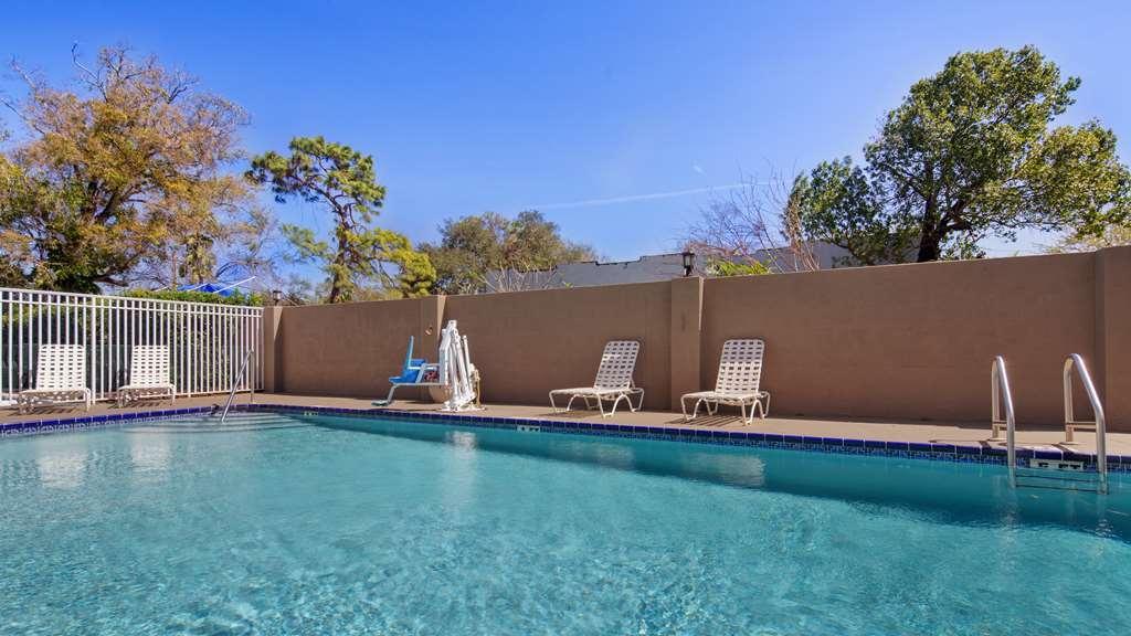 Best Western Tampa - Outdoor Pool