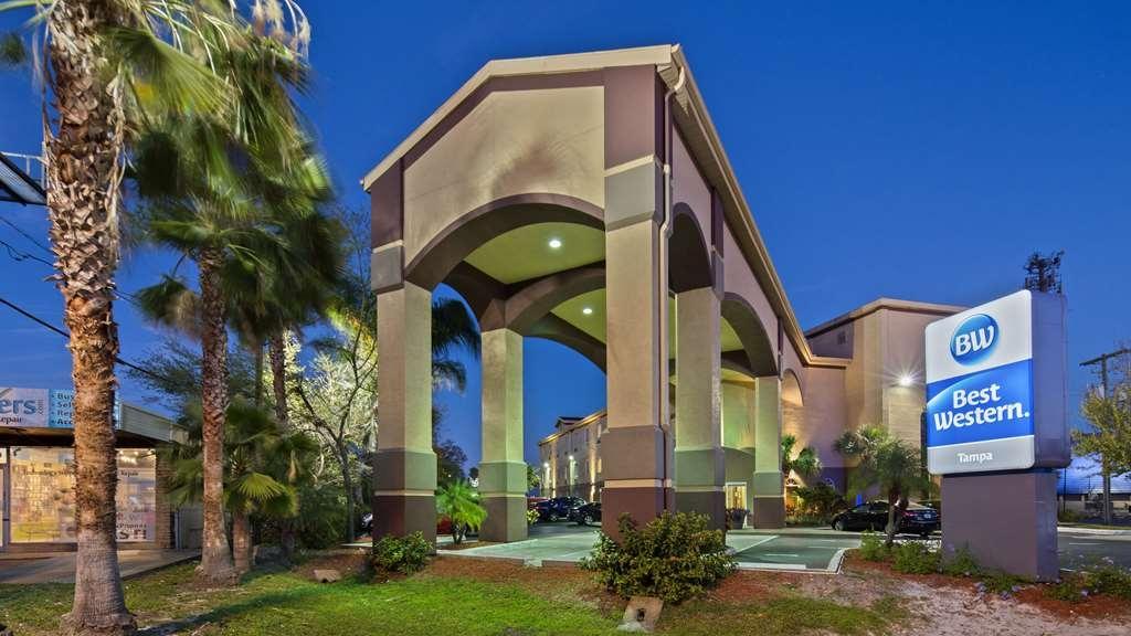 Best Western Tampa - Außenansicht