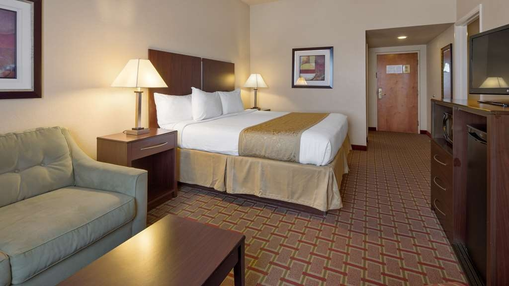 Best Western Tampa - Family Suite