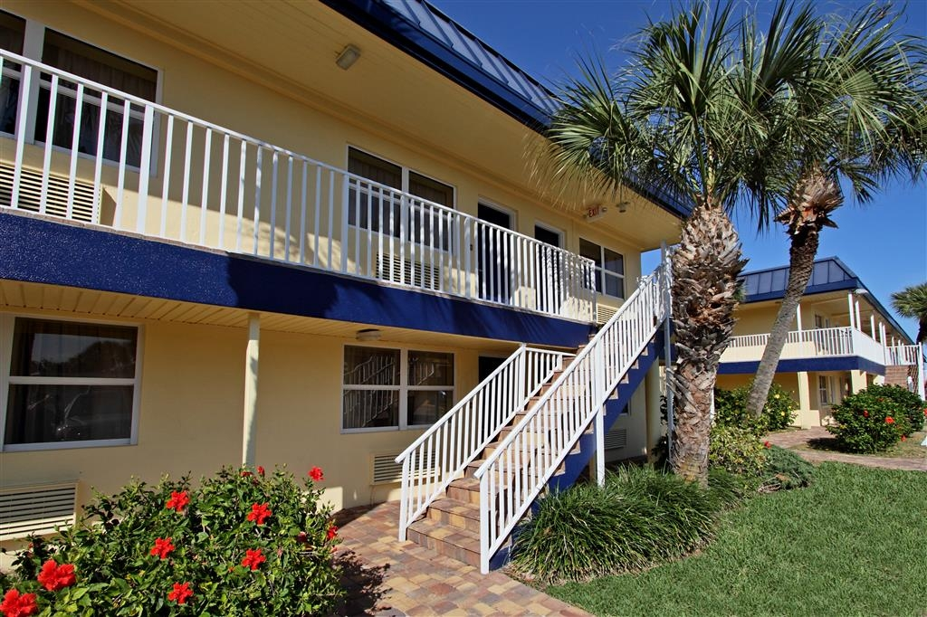 Best Western Cocoa Beach Hotel & Suites - Patio