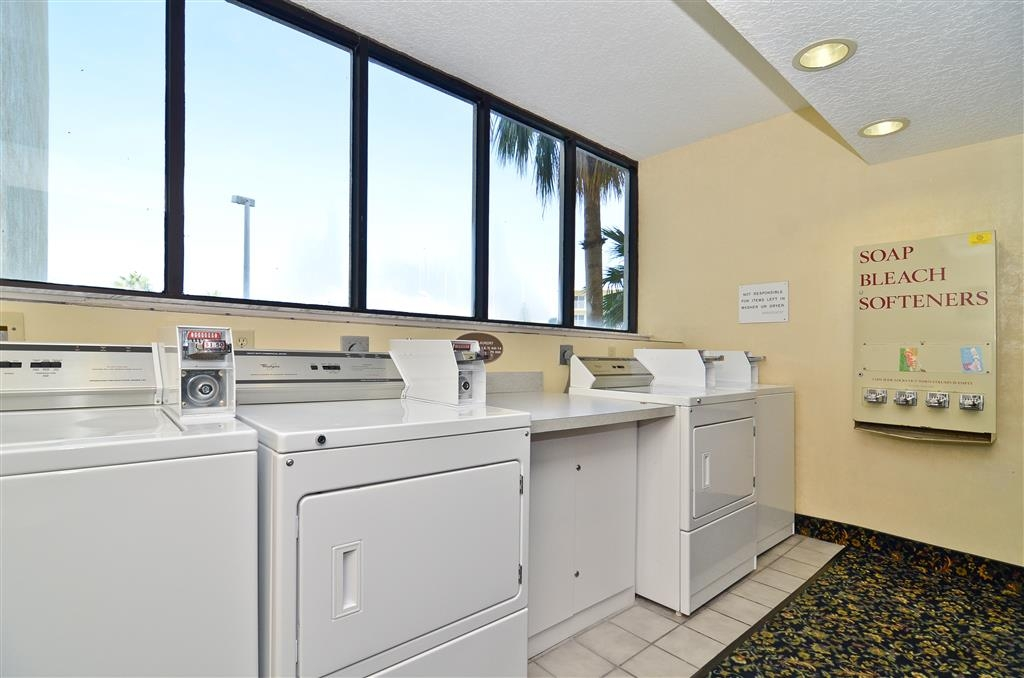 Best Western Cocoa Beach Hotel & Suites - Blanchisserie