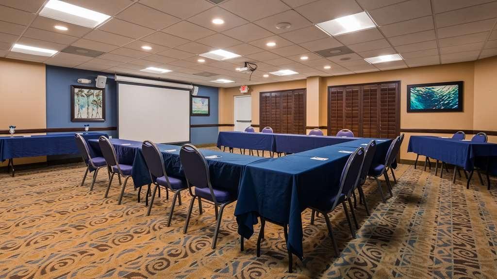 Best Western Cocoa Beach Hotel & Suites - Salle de réunion