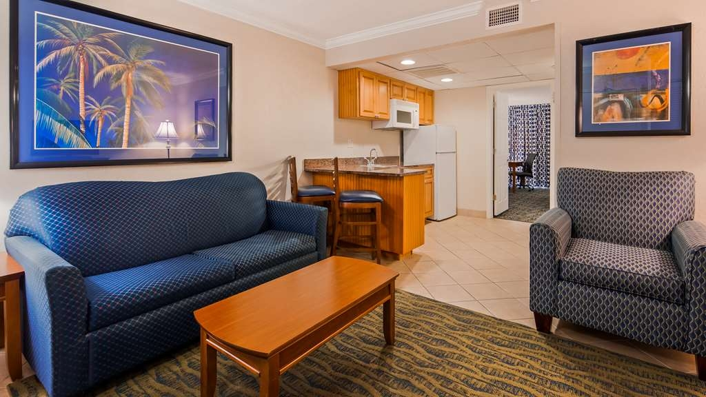 Best Western Cocoa Beach Hotel & Suites - Suite