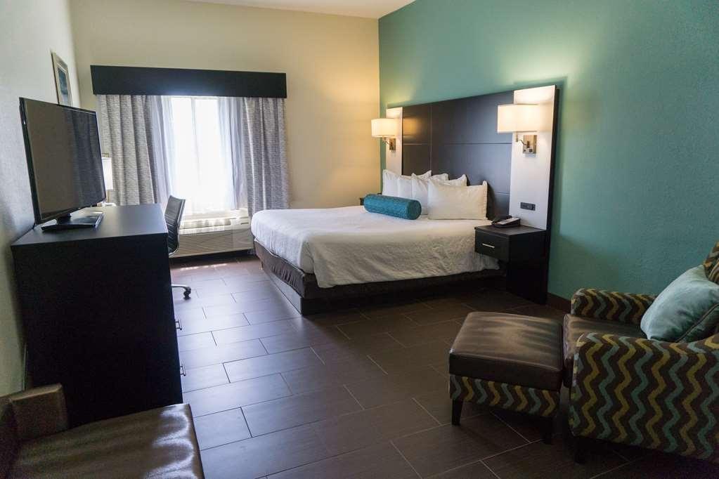 Best Western Mayport Inn & Suites - Standard King Guest Room