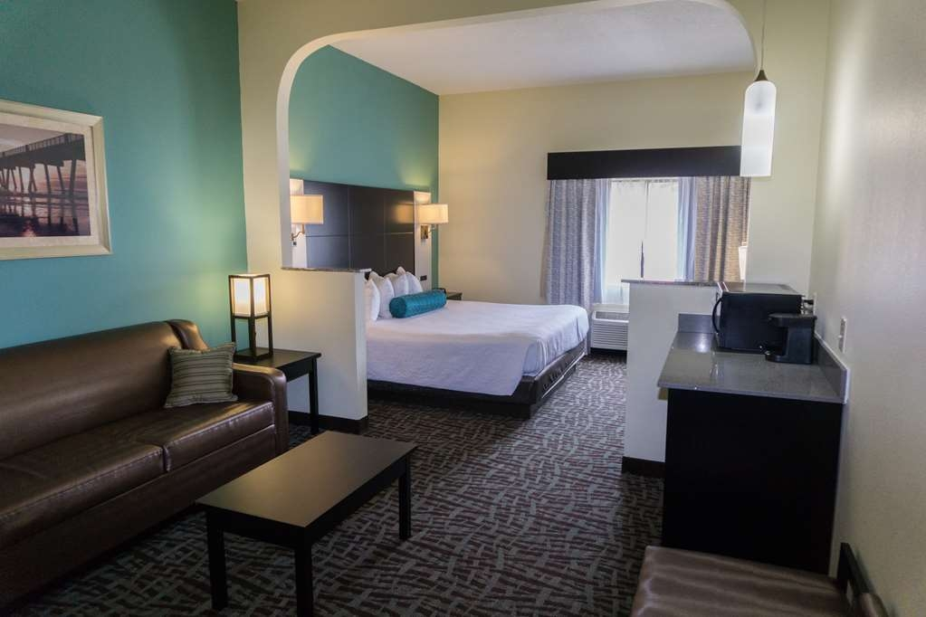 Best Western Mayport Inn & Suites - King Suite Living are and funishings