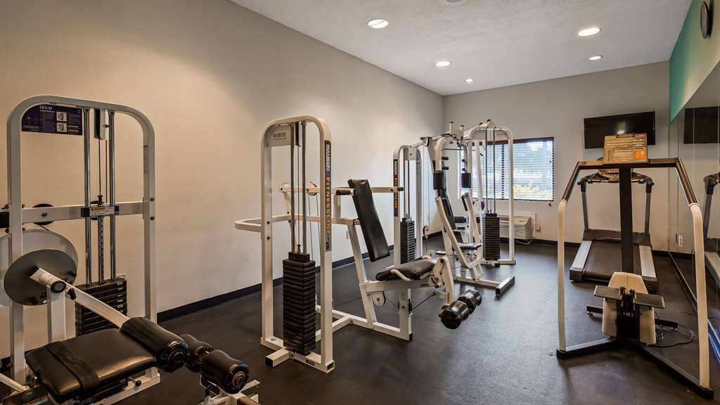 Best Western Mayport Inn & Suites - Fitness facility is available so you can keep up with your exercise regimen.